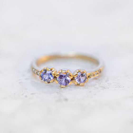 Shades Of Blue Sapphire Juliet Ring