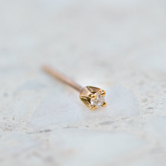 Diamond Tiny Claw Set Stud