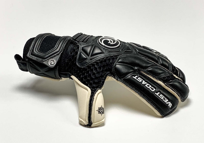 QUANTUM Miller Pro - Fingersave Goalkeeper Gloves West Coast Goalkeeping