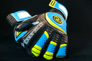 LAGUNA Reverse Cut - Fingersave Goalkeeper Gloves West Coast Goalkeeping