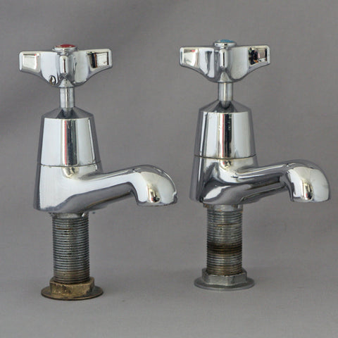 Antique Taps and Bathroom | Architectural Decor