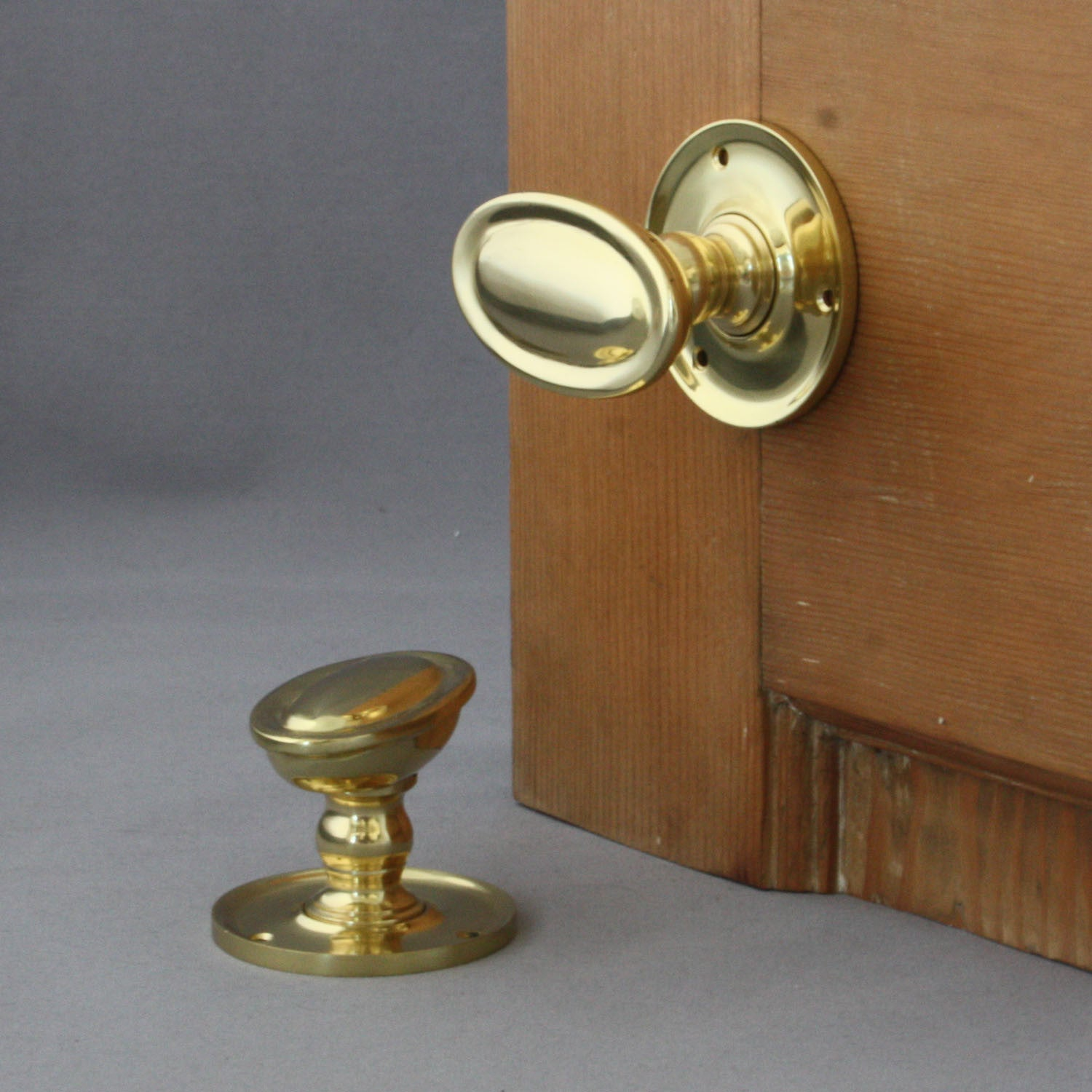 Edwardian Brass Oval Door Knobs | Architectural Decor