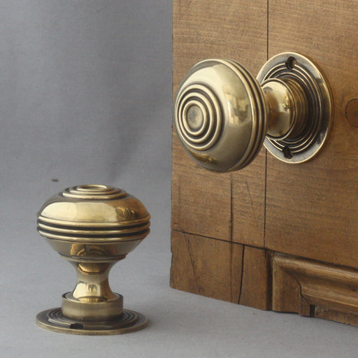 Large bloxwich brass door knobs