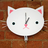 Catface moving clock