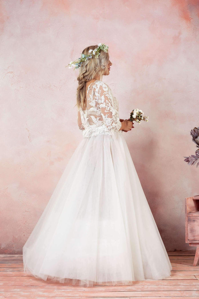 Backless Tulle Wedding Dress