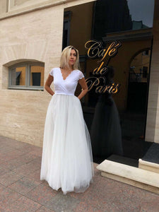 Long Tulle Wedding Dress-Wedding Dress-Ivory and Kate