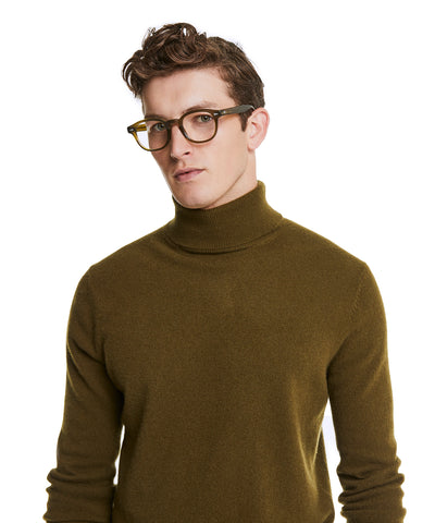 Cashmere Turtleneck in Olive