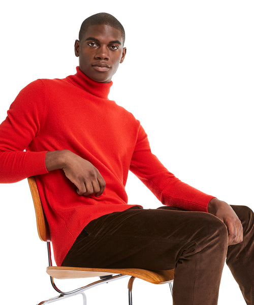 Cashmere Turtleneck in Red