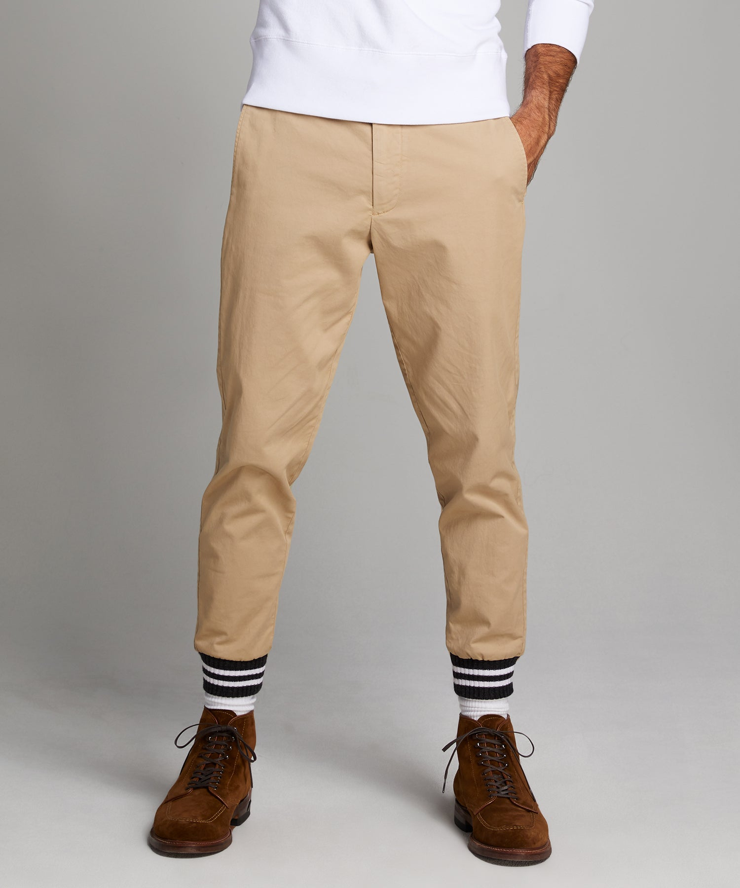 Cotton Chino Jogger in Khaki