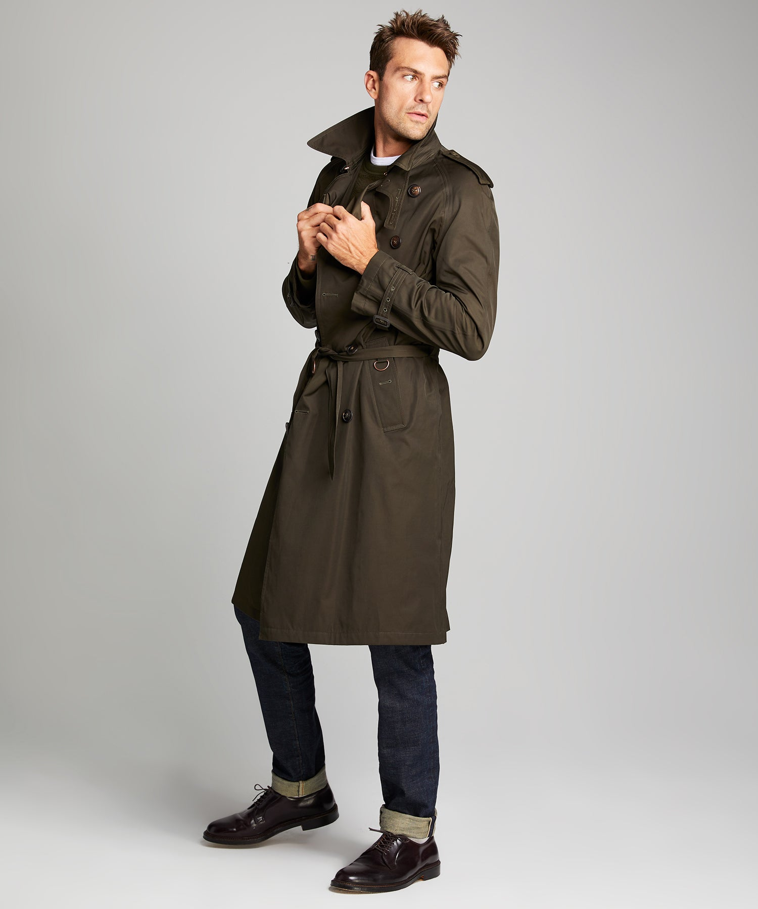 Todd Snyder + Private White Trench Coat in Olive