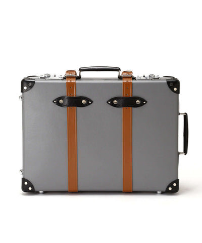 "Globe-Trotter X Todd Snyder 21"" Suitcase in Grey"