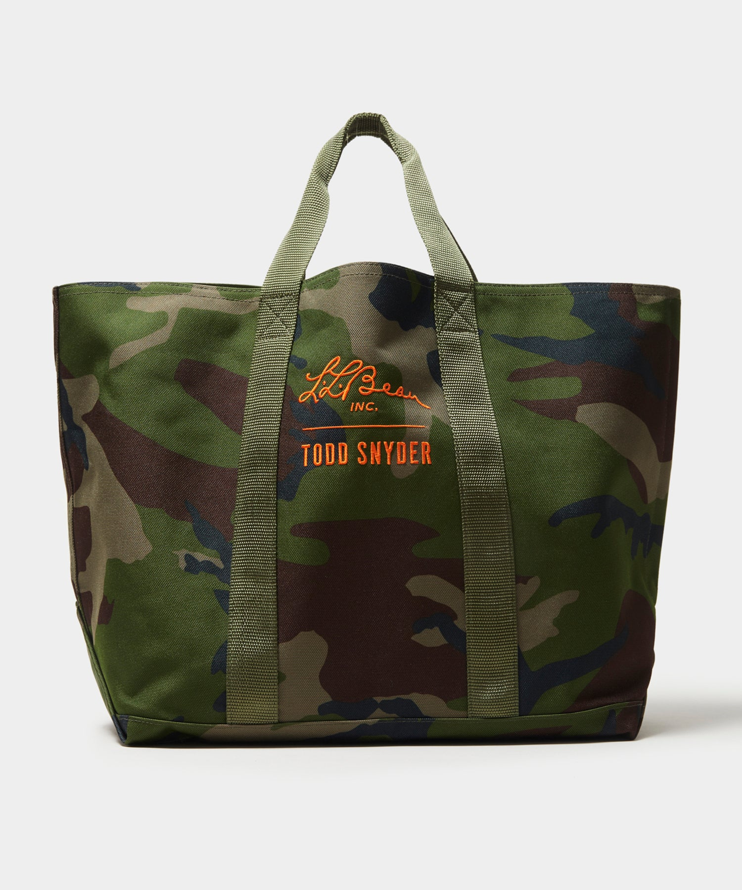 L.L.Bean x Todd Snyder Hunter's Tote in Camouflage