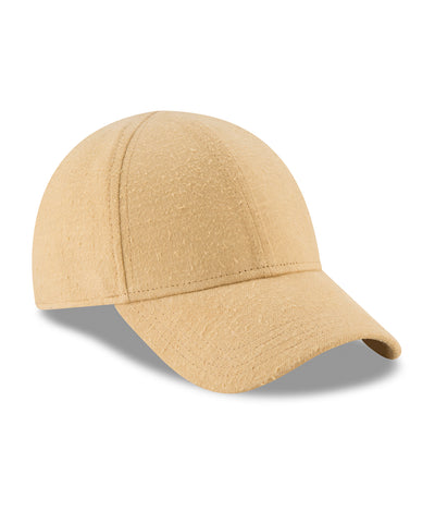 New Era Sherpa lined 9Forty in Gold