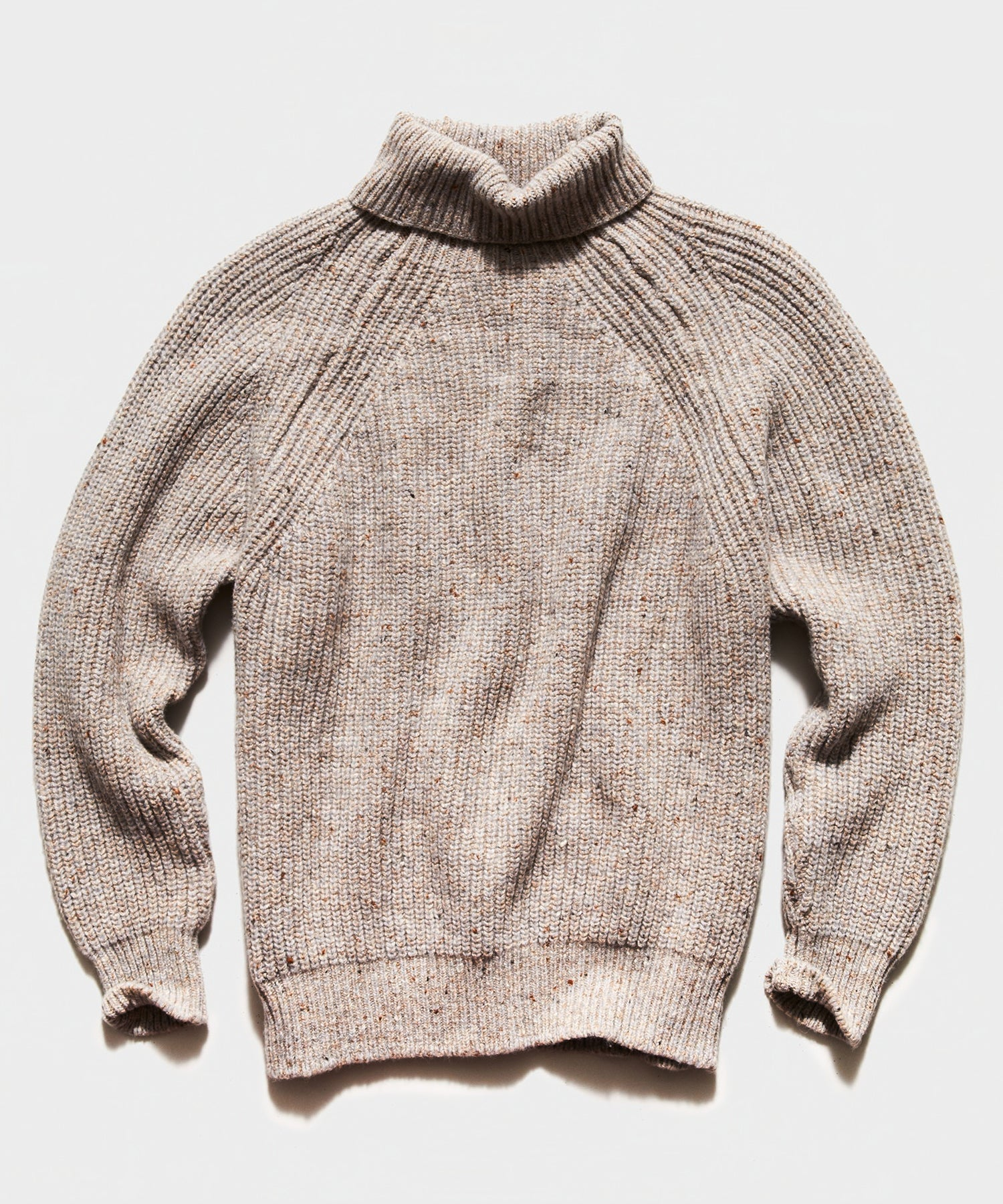 Inis Meain Classic Donegal Boatbuilder Rib Turtleneck in Beige