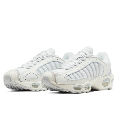 Nike Air Max Tailwind IV in Sail