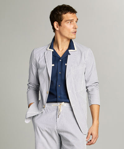 Seersucker Traveler Suit Jacket in Blue