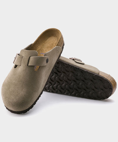 Birkenstock Boston in Taupe Suede