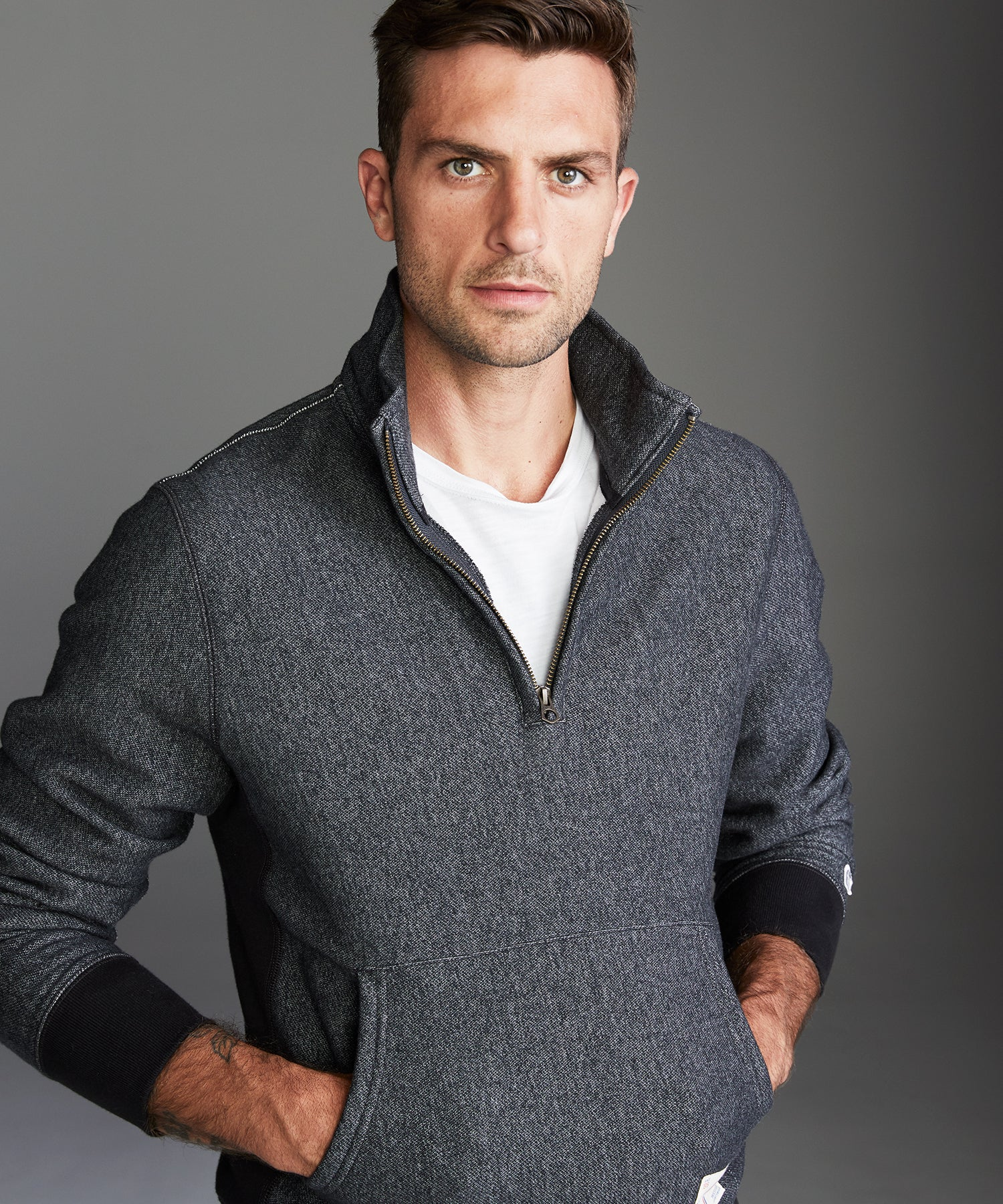 Fleece Quarter Zip Sweatshirt in Black Pepper Charcoal