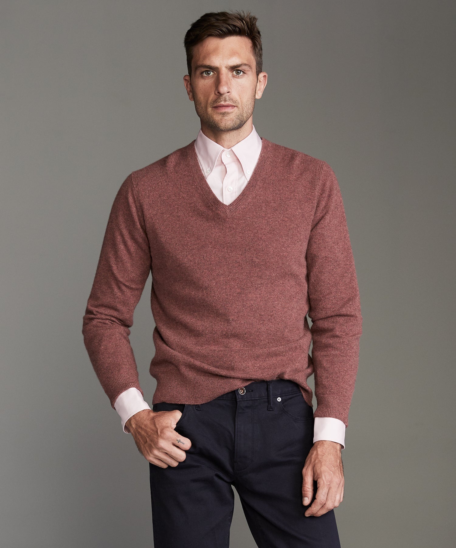 Cashmere V-neck Sweater in Burnt Rose