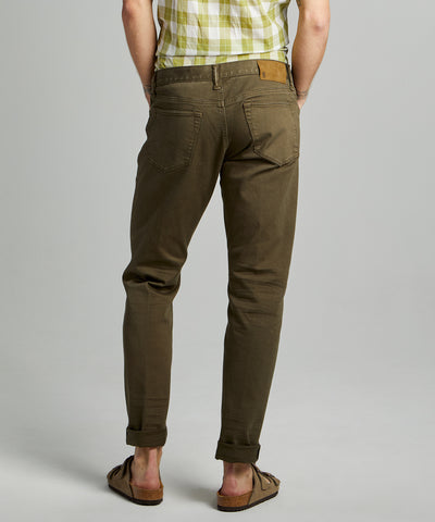 SLIM FIT 5-POCKET CHINO IN OLIVE