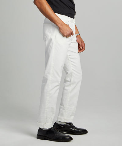 SLIM FIT 5-POCKET CHINO IN WHITE
