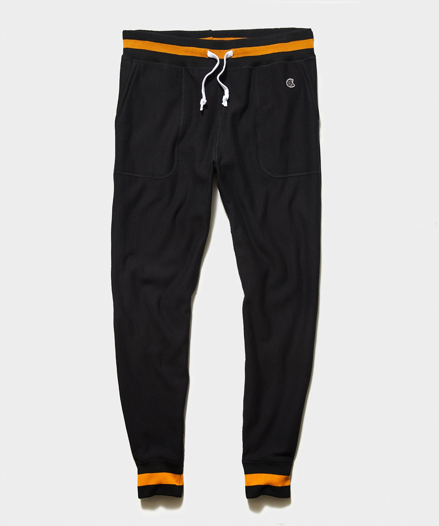 Tipped Lightweight Slim Jogger in Blacktop