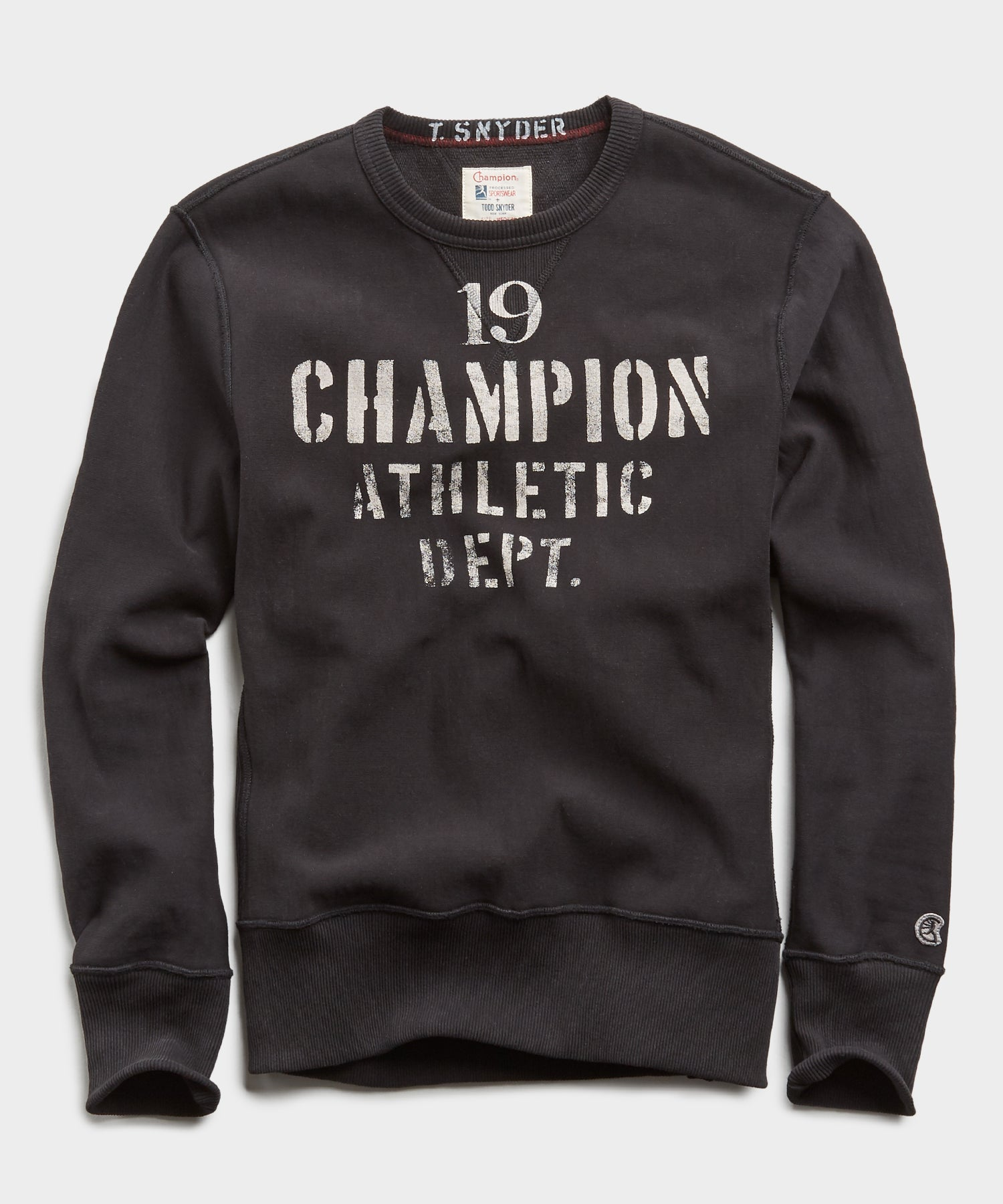 Champion 19 Athletic Dept. Sweatshirt in Blacktop