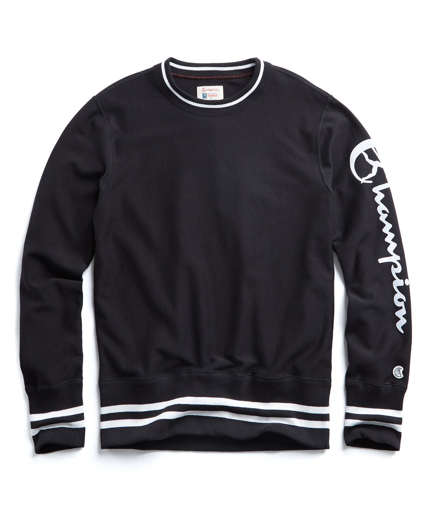 Champion Reverse Weave Graphic Crewneck in Black