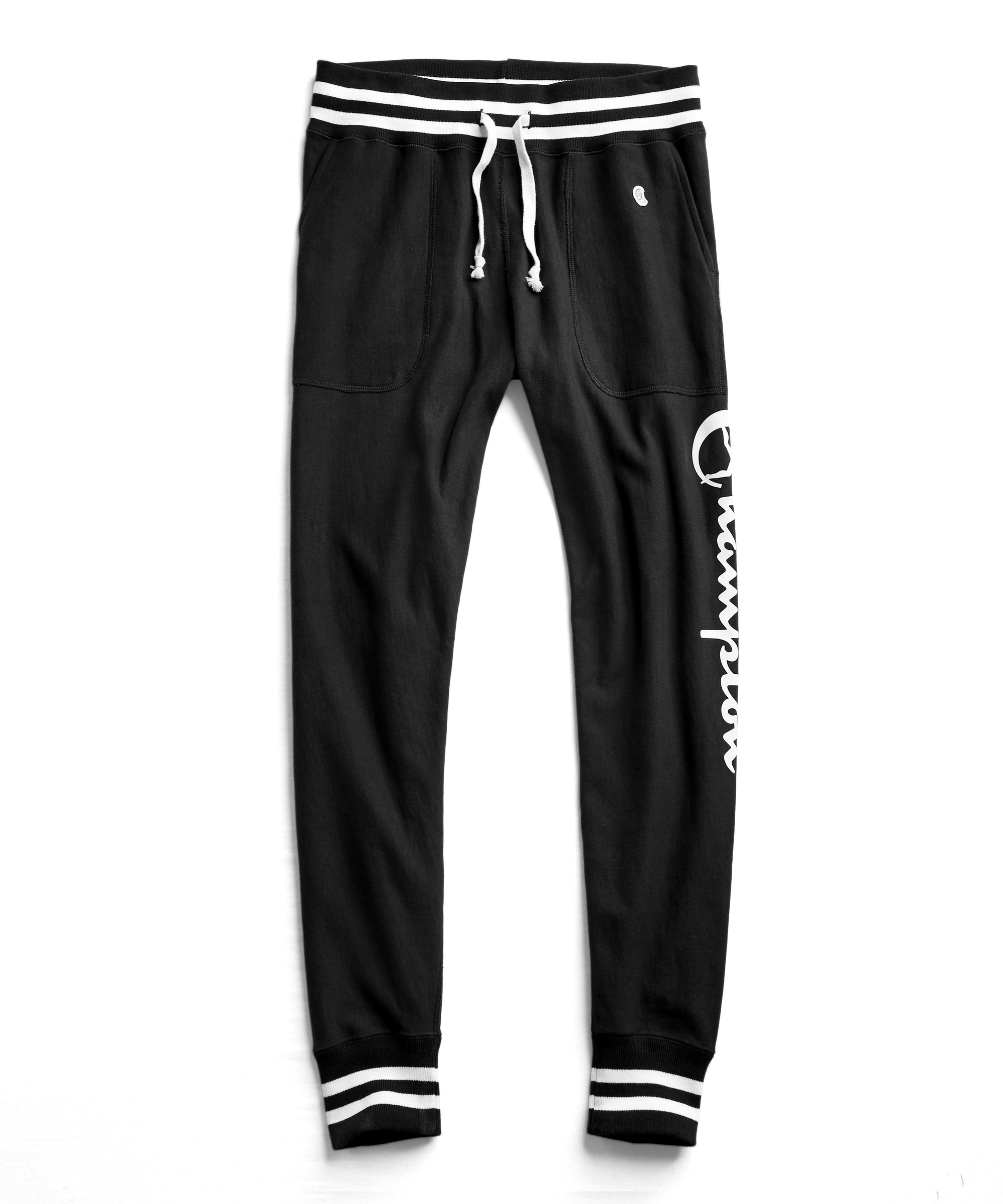 Champion Graphic Slim Tipped Jogger Sweatpant in Black