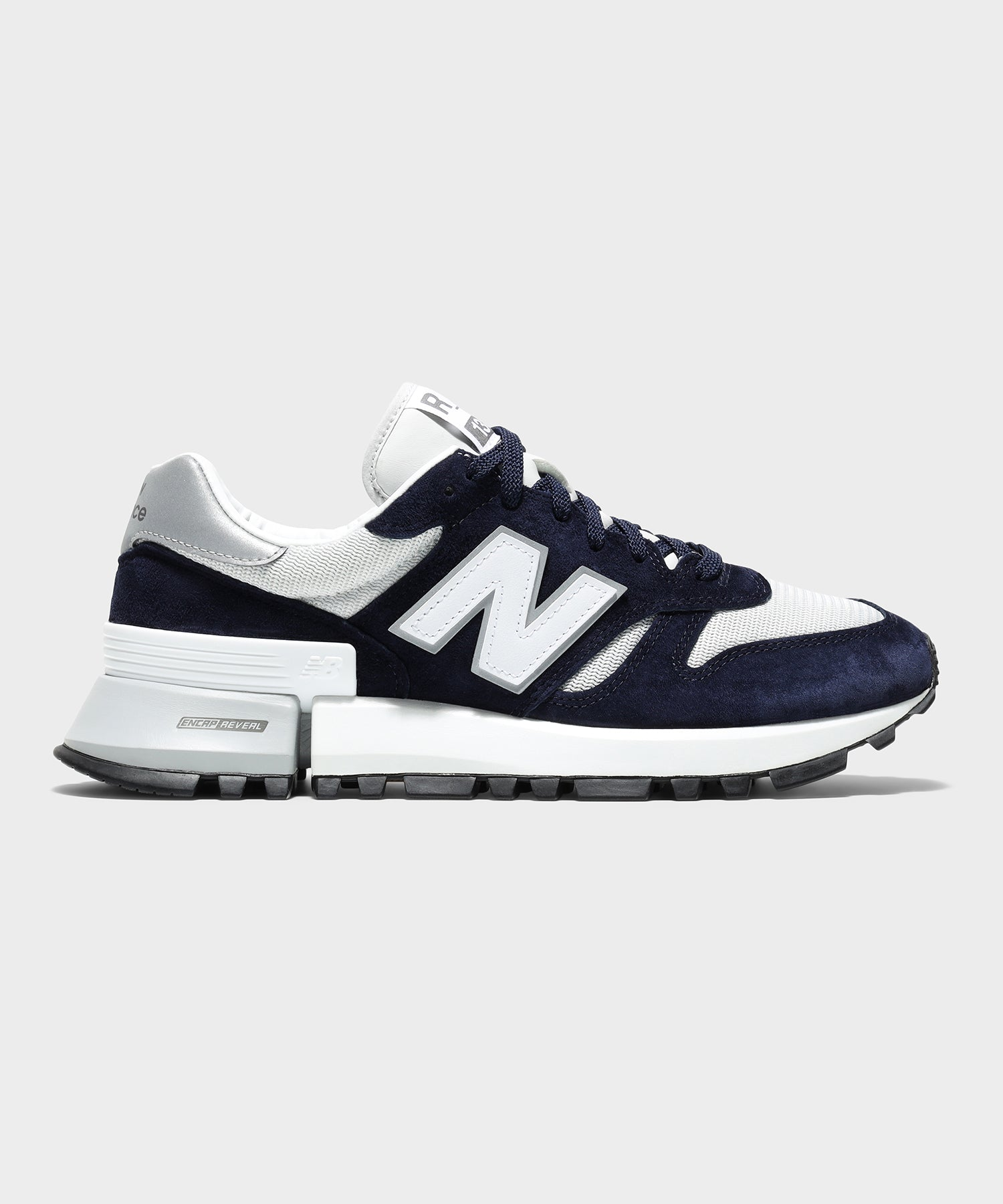 New Balance MS1300 in Navy