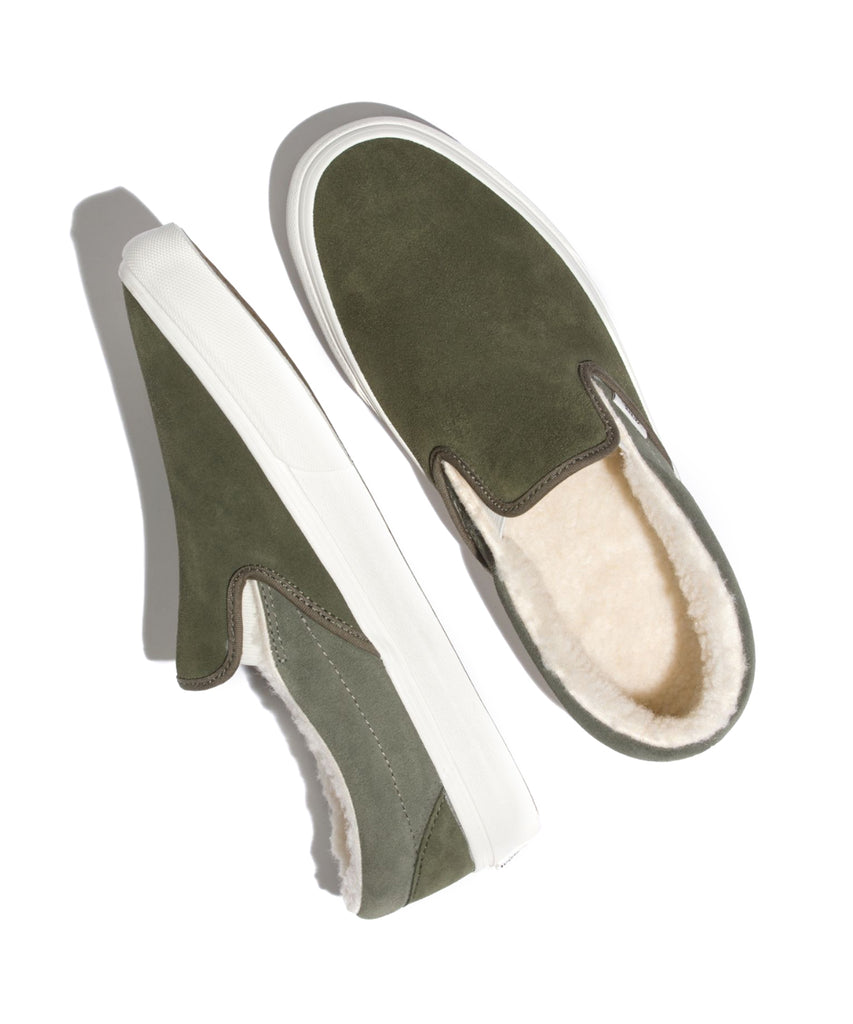 9b86b7f34dc Vans Classic Slip-on in Suede Sherpa Grape Leaf