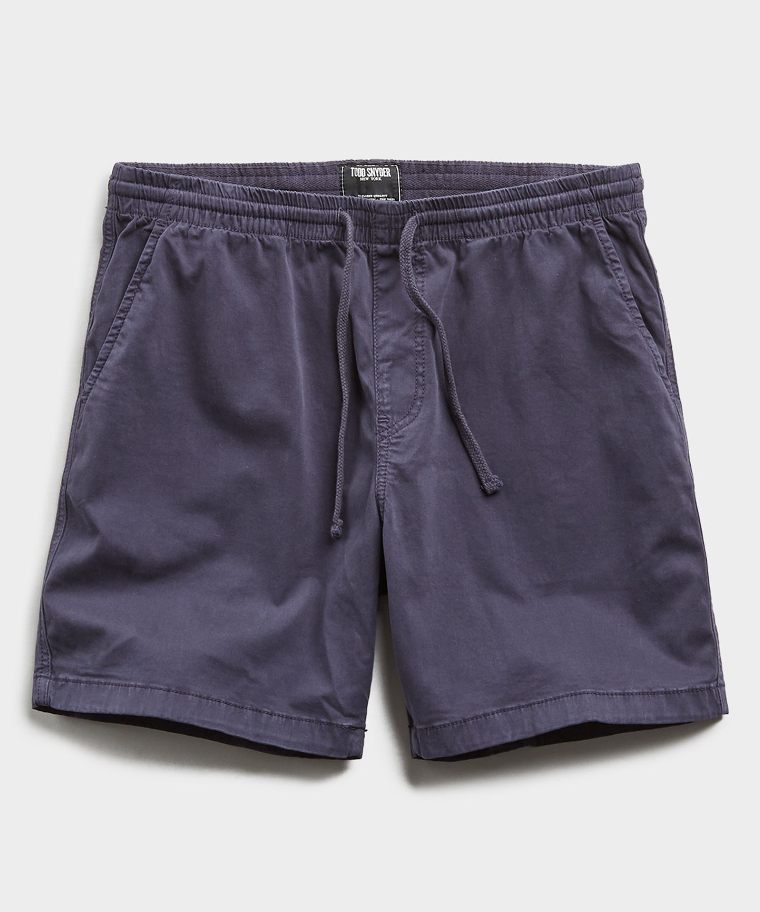 "7"" Weekend Stretch Short in Navy"