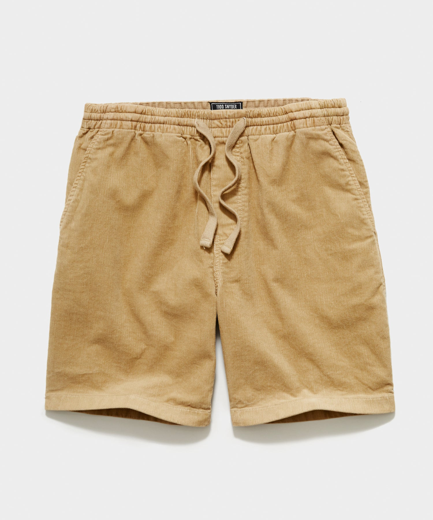 "7"" Washed Corduroy Weekend Short in Khaki"