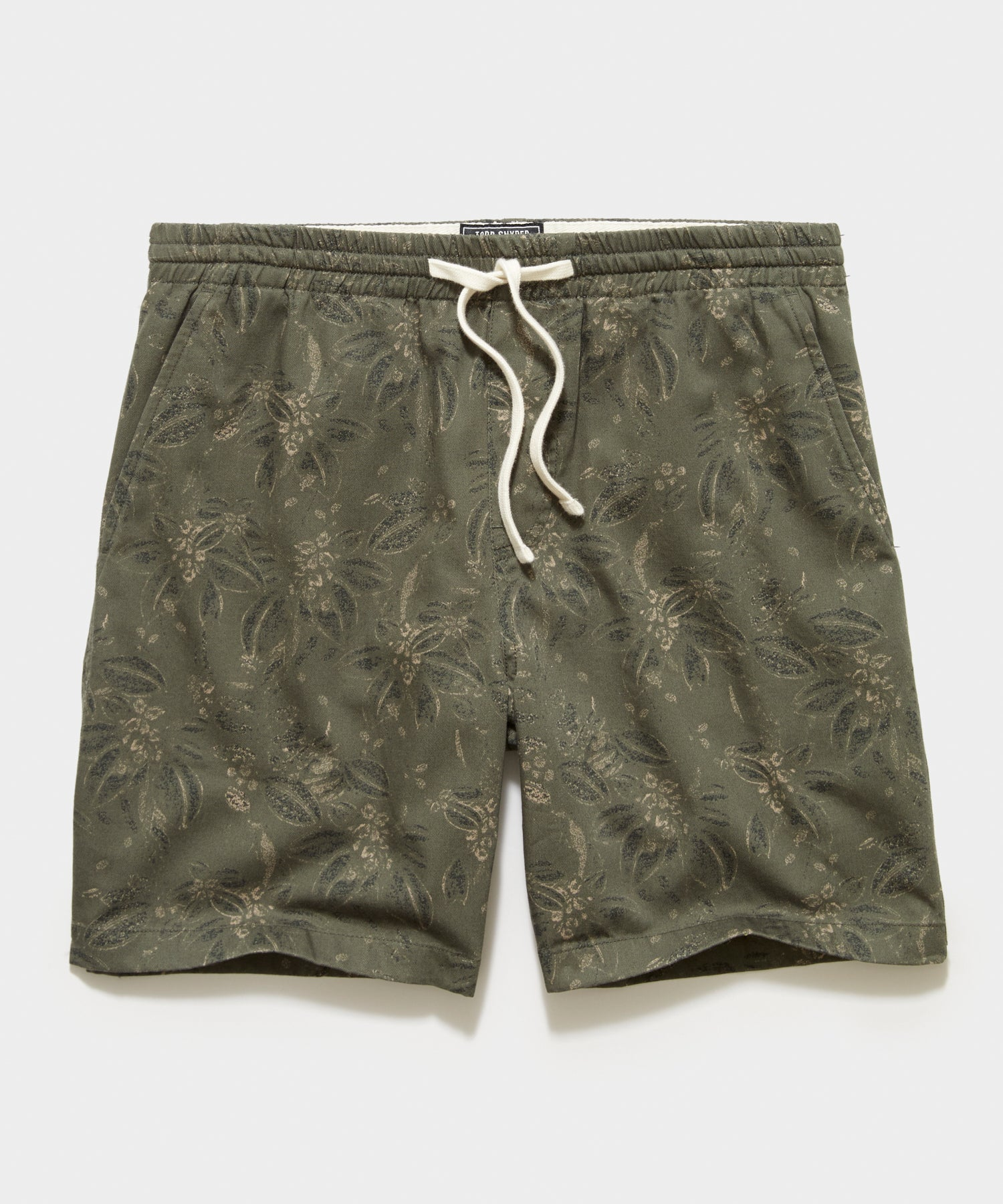 "7"" Italian Floral Weekend Short in Olive"