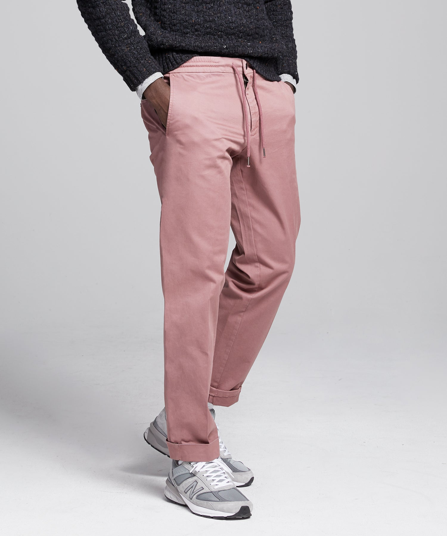 Stretch Drawstring Twill Jogger in Mauve