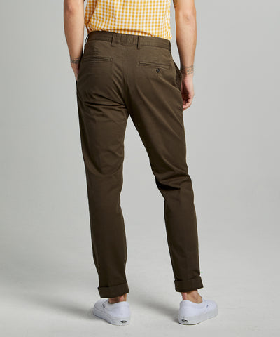 Straight Fit Tab Front Stretch Chino in Olive