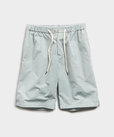 Seersucker Traveler Short in Green