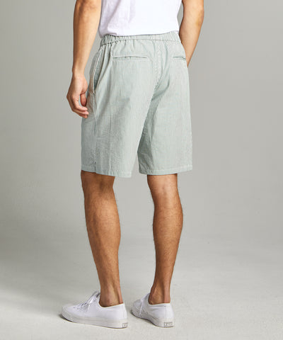 "10"" Seersucker Traveler Short in Green"