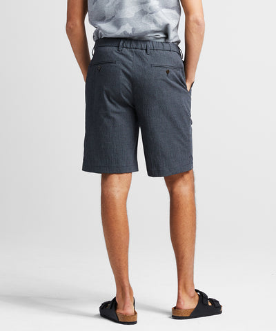 Gingham Seersucker Traveler Short in Black