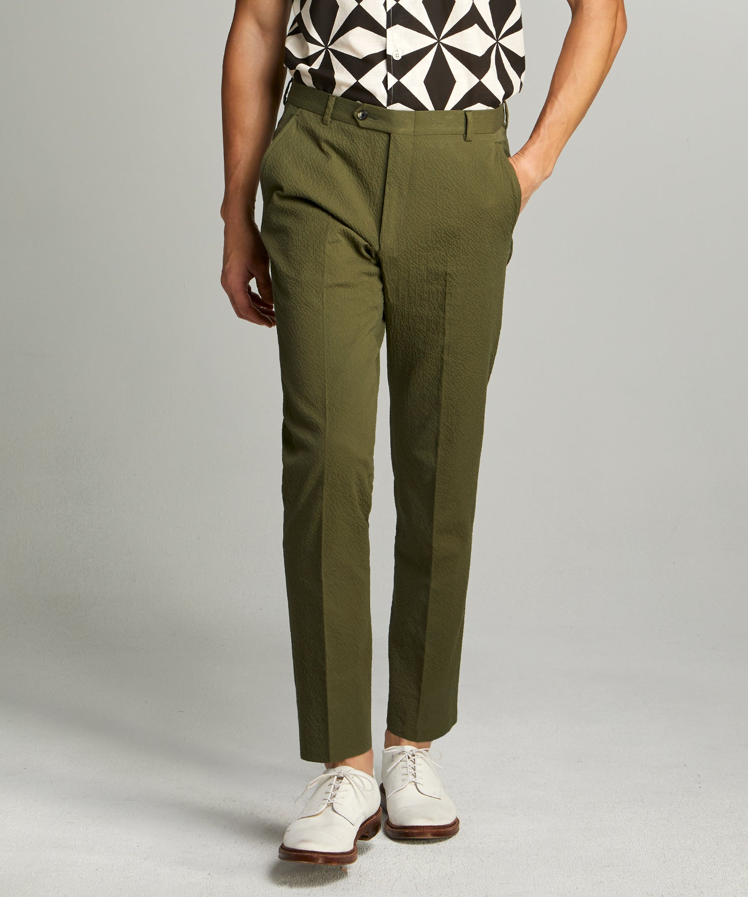 Sutton Seersucker Suit Trouser in Olive