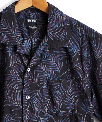 Short Sleeve Floral Leaf Camp Collar Shirt in Black