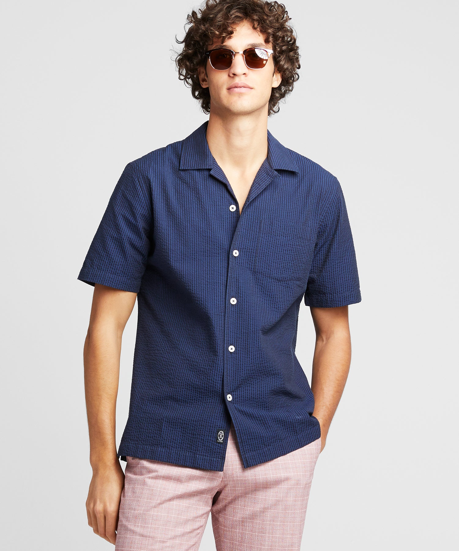 Camp Collar Seersucker Short Sleeve in Navy Black Stripe