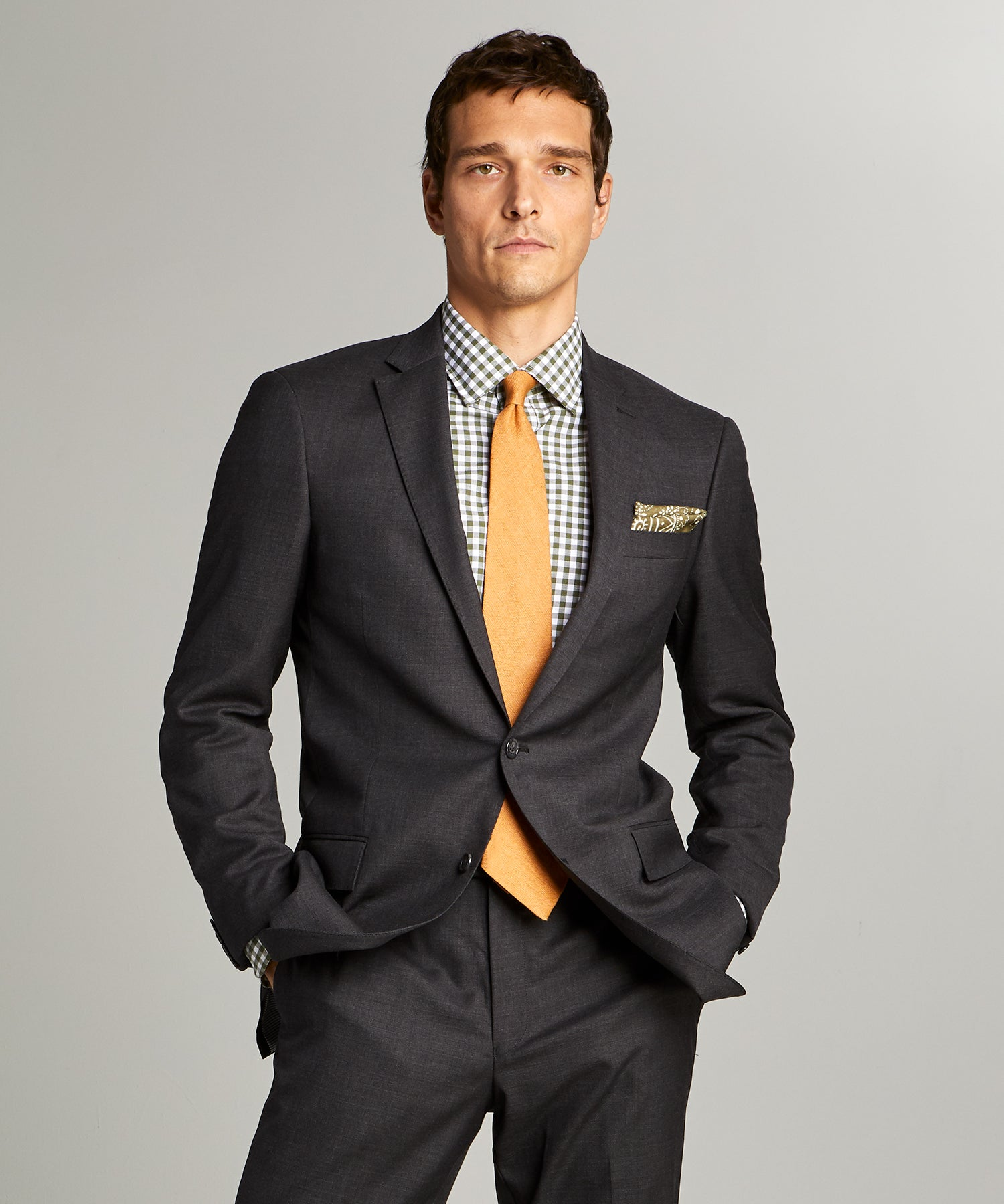 Sutton Stretch Tropical Wool Suit in Dark Charcoal