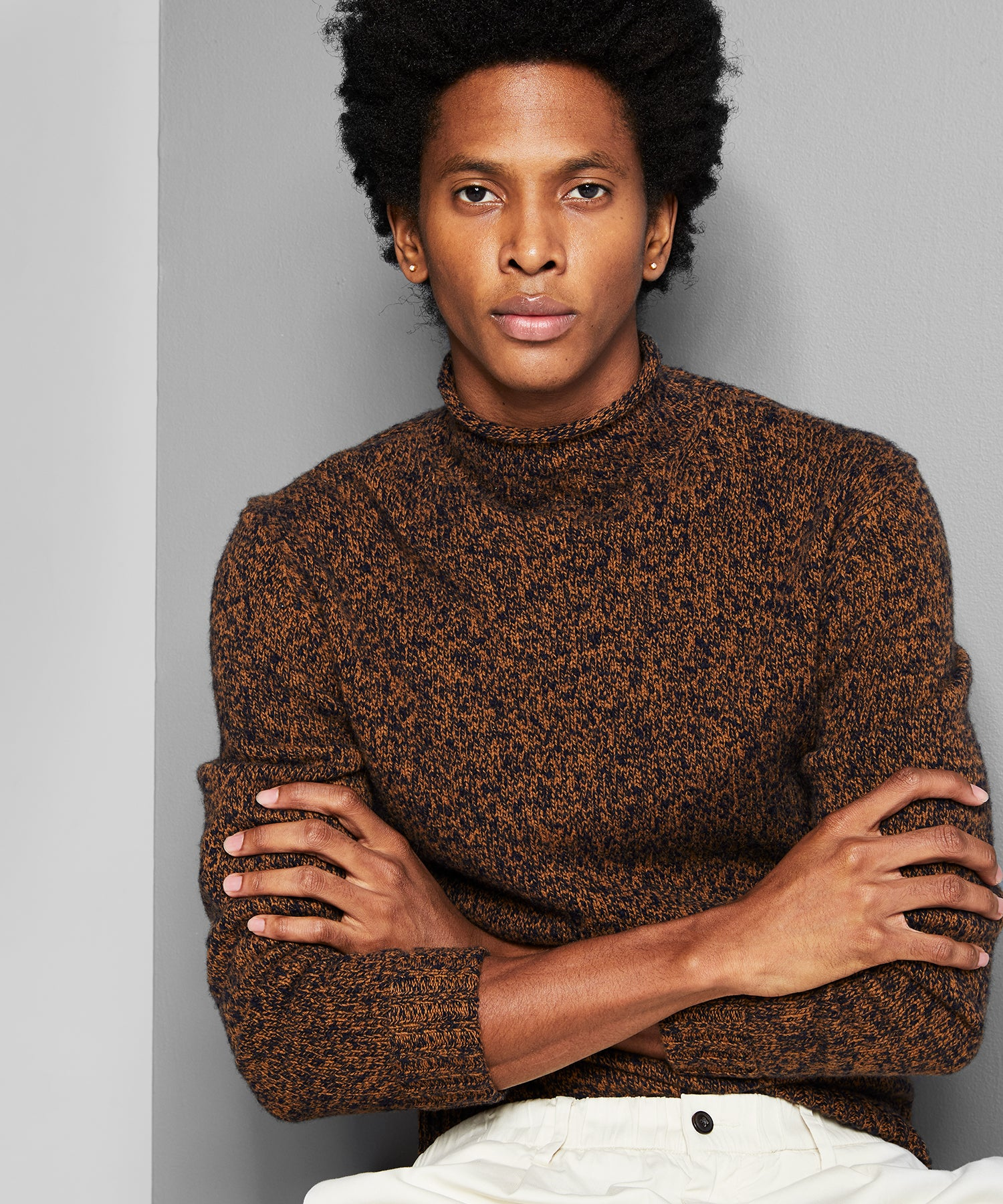 Lambswool Roll Neck Sweater in Brown