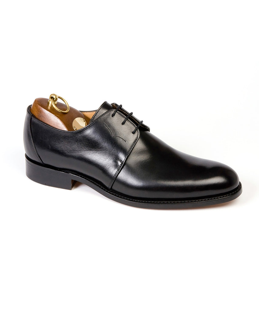 Sanders Tokyo Plain Front Gibson Shoe in Black Calf Leather