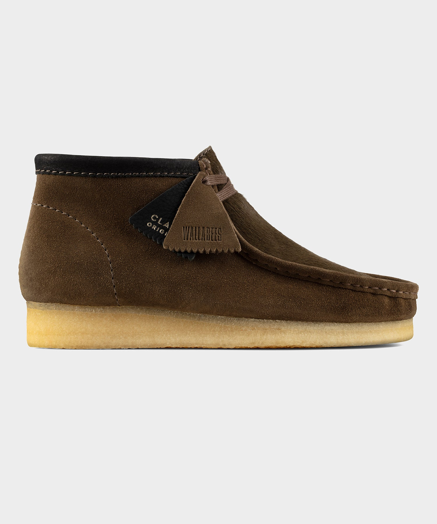 Clarks Wallabee Boot In Olive
