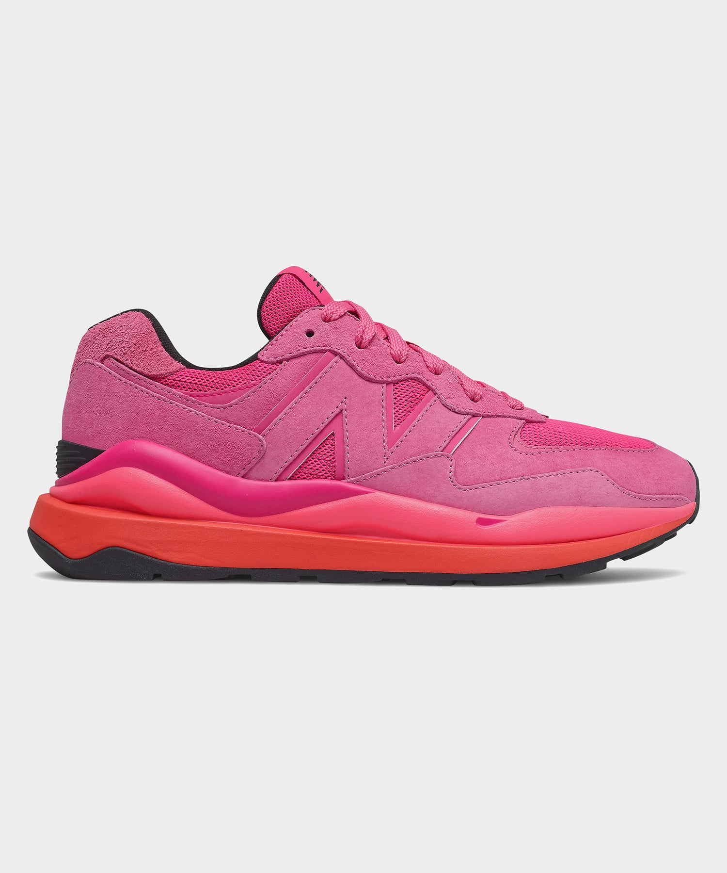 New Balance 57/40 Valentine's Day in Pink