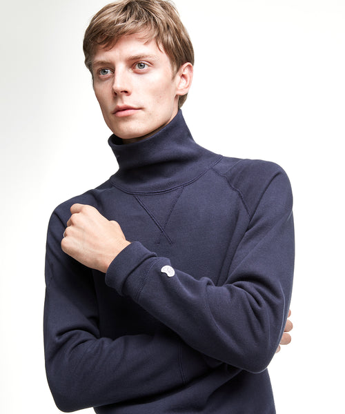 Turtleneck Sweatshirt in Navy
