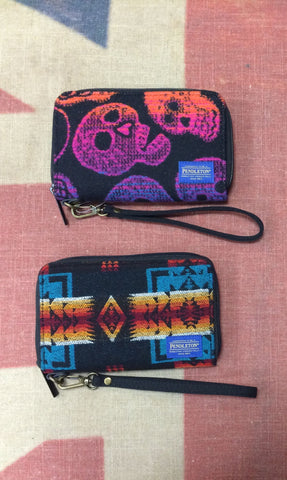 Pendleton Smart Phone Wallet -Skulls