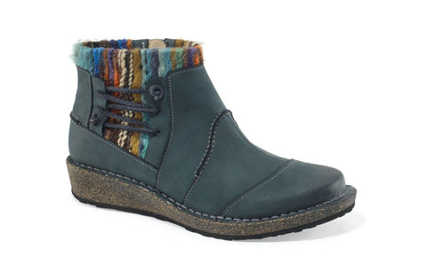 Aetrex Tessa Sweater Ankle Boot